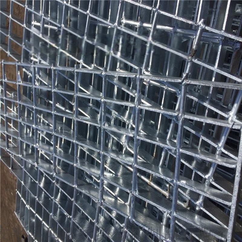 河北钢格板厂家直销鸿晖牌隧道踏步板