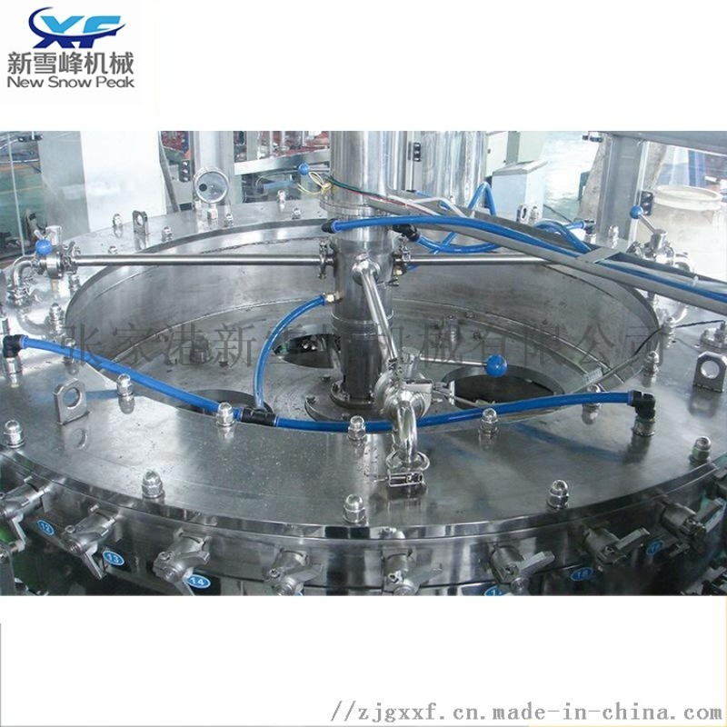 含气饮料灌装机三合一饮料生产线 果汁饮料白酒灌装机