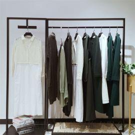 广州设计师品牌BTT女装秋冬款 外套大衣羽绒服供应
