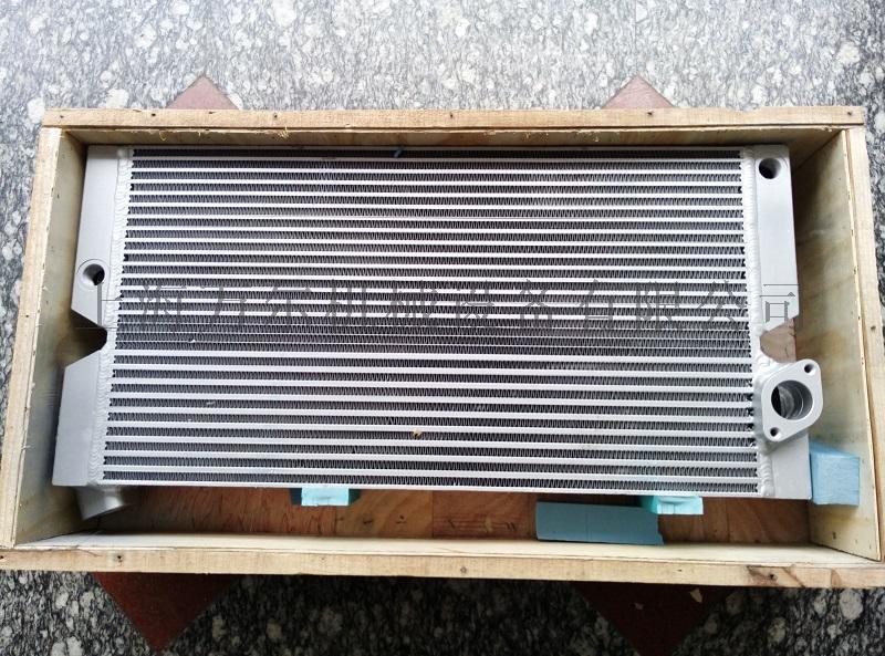 1625165996冷却器总成(三片式