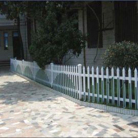 云南普洱pvc护栏草坪 塑钢栅栏