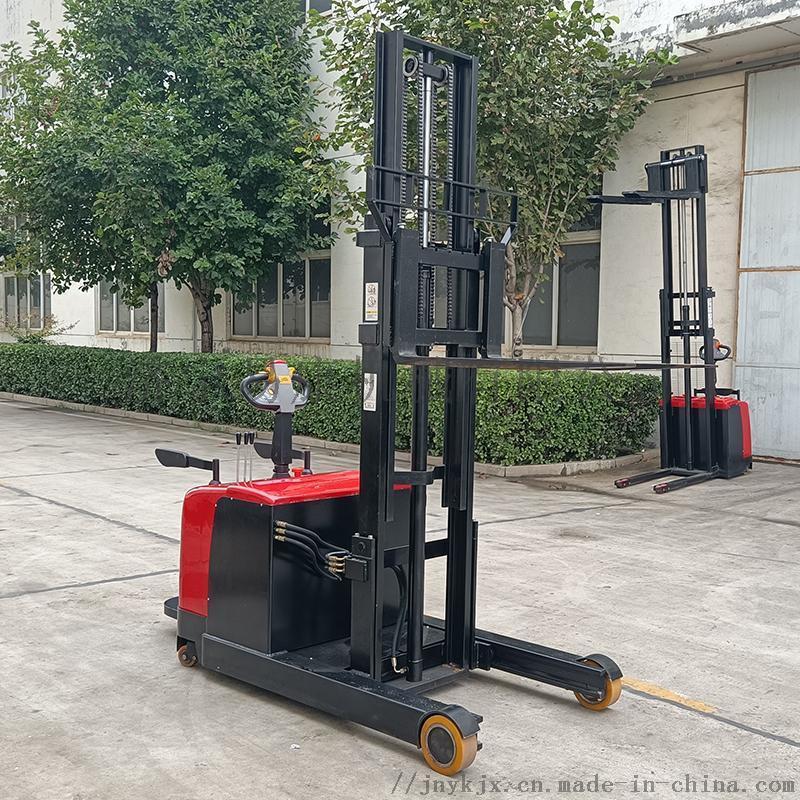 易康纯电动叉车堆高车站驾式载重两吨