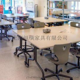 德国VS学生课桌椅Douglas Park Elementary
