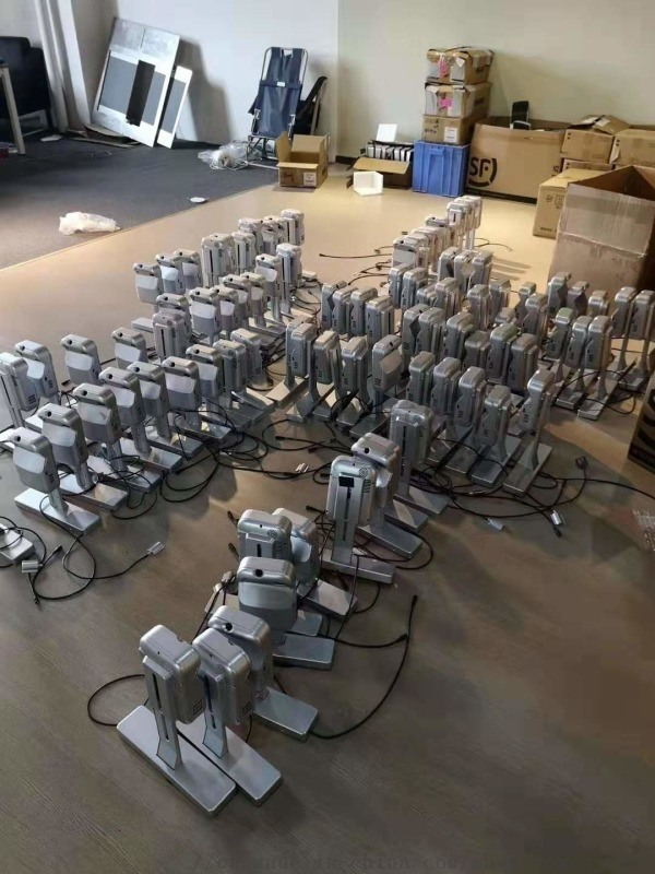 廠家全國供應高清智慧電梯門投影儀