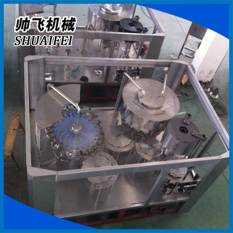 不含氣飲料灌裝設備三合一體機組 帥飛灌裝機械