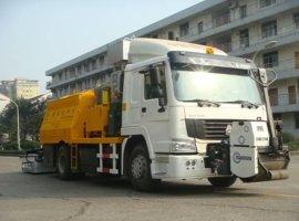 热墙式路面养护车(XC5163TYHLZAA)