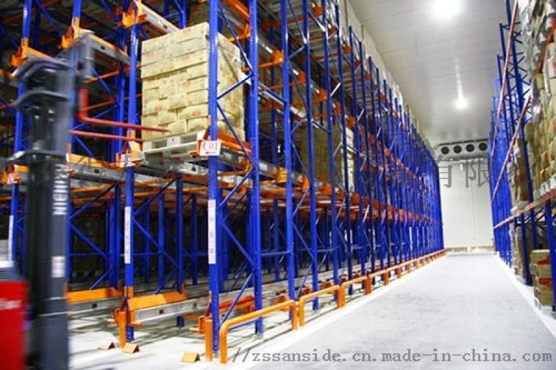 **门市**海区滘北镇货架,24小时手机服务**:13702351559(余经理) 堆垛式货架,又叫巧固架、堆垛货架,是从托盘衍生出来的搬运、存储设备,是货物单元集
