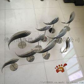 镜面抽象不锈钢鱼雕塑 水景镜面雕塑小鱼厂家定制