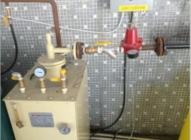50KG工厂落地式煤气气化器