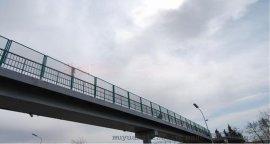 厂家直销韶关高速公路防护网_高速公路护栏价格