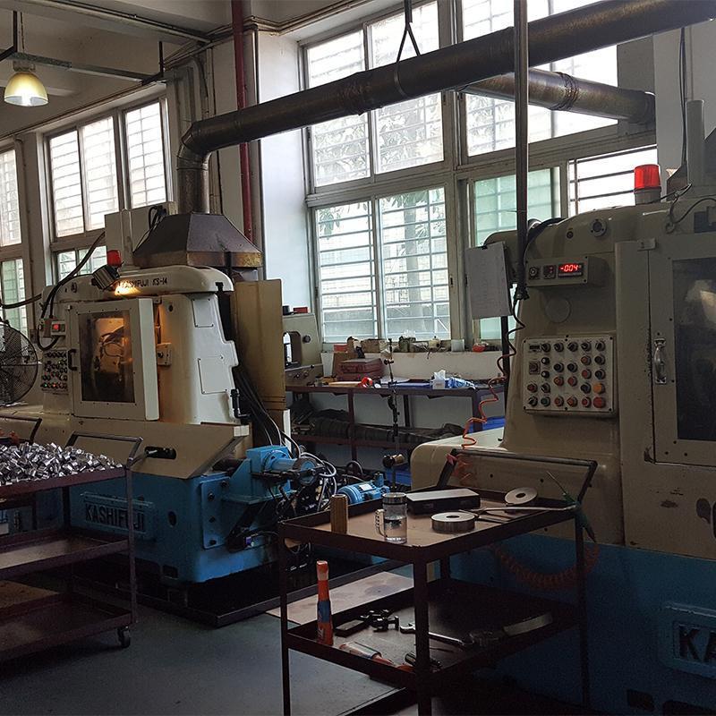 免维护保养750W减速电机GV28-750-3~25S台湾万鑫立式三相齿轮马达