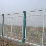 浸塑金属框架护栏网 高速公路边框式护栏网