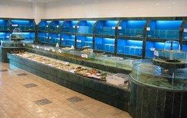 定做海鲜池公司,酒店海鲜制冷鱼池厨房设备定做,酒店海鲜自选海鲜池新鲜海鲜养殖鱼池,广州哪里定做酒店海鲜池