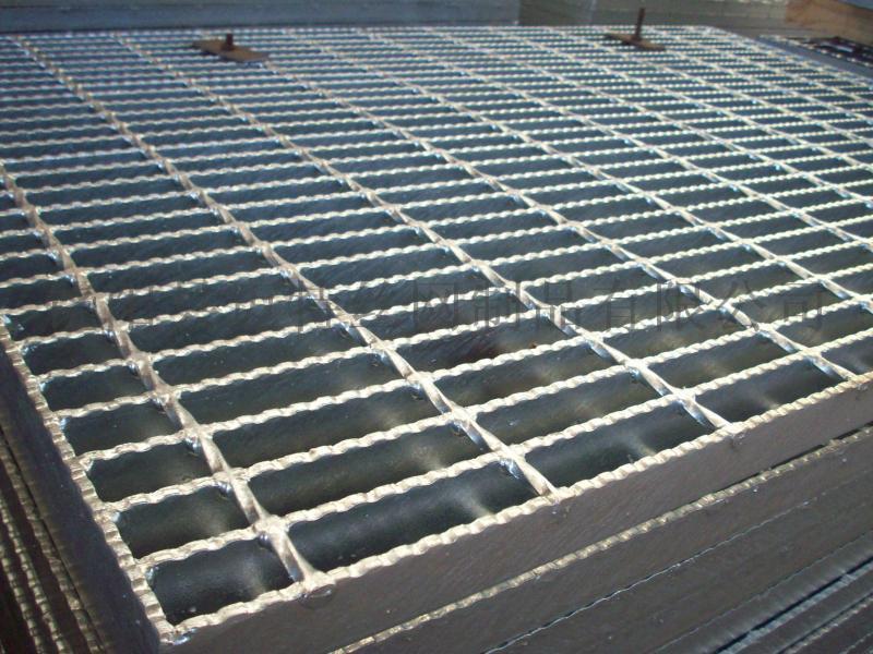 15333188118鋼格板、鍍鋅鋼格板、鋼格柵板、插接鋼格板、鋸齒鋼格板、踏步板、溝蓋板