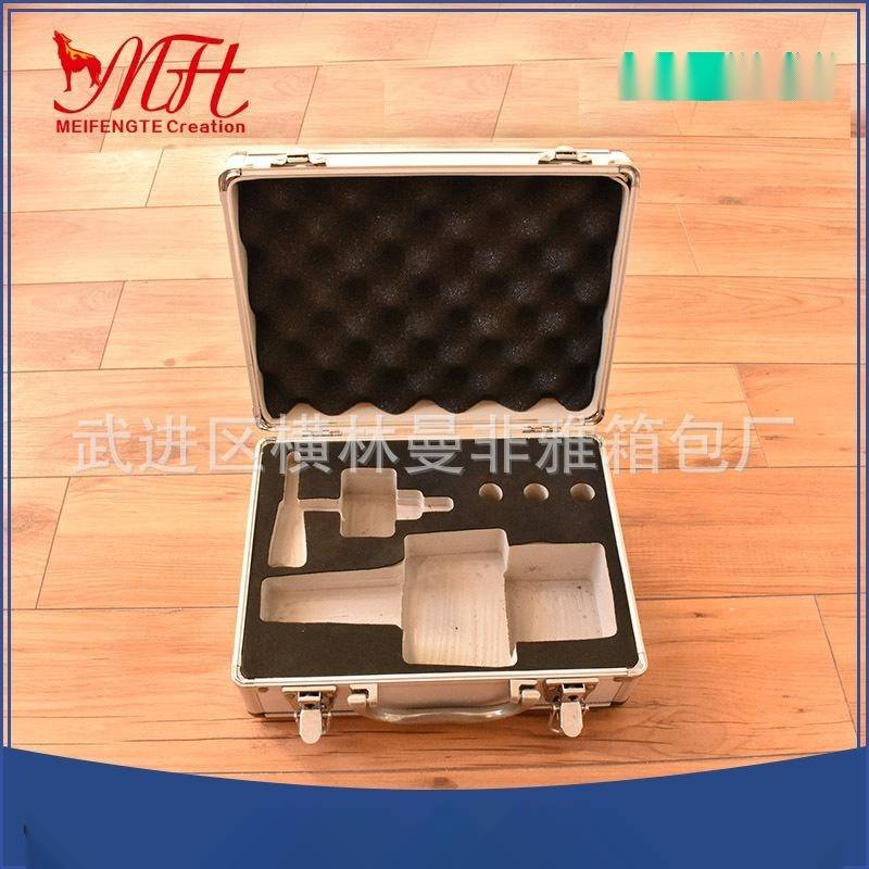 航空拉桿運輸箱鋁合金工具鋁箱多層板拉桿箱五金鎖具電箱玩具箱定