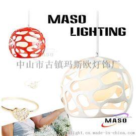 供应**玛斯欧灯饰MASO现代风格脚印树脂吊灯MS-P1005 设计师艺术简约吊灯 脚印镂空创意餐厅吊灯