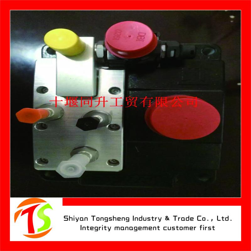 東風康明斯ISDE尿素泵C5273338尿素計量泵