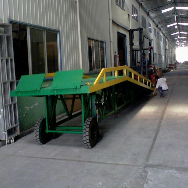 移动式登车桥正确使用手法 佛山移动登车桥厂家