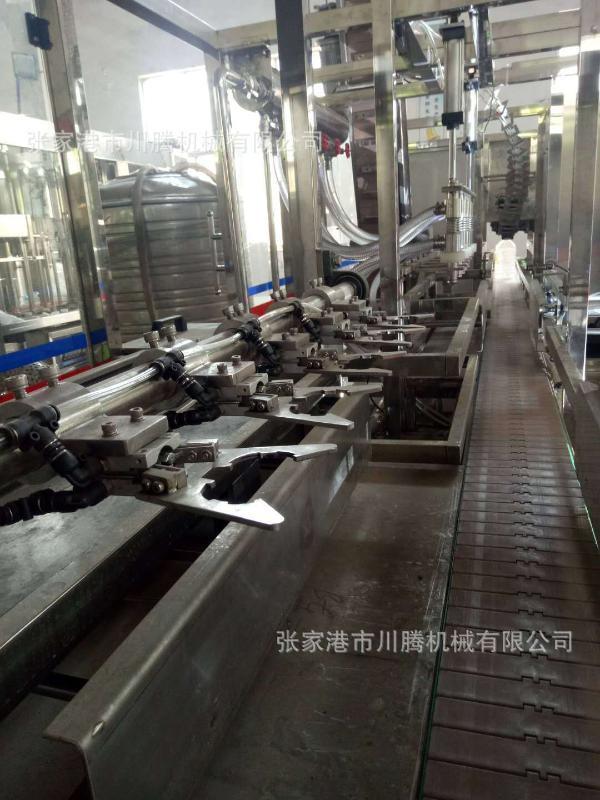 大瓶矿泉水灌装机CGF5-5-1三合一机组