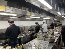 开家小饭店需要哪些厨具设备