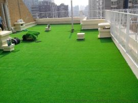 大连屋顶阳台庭院装修园林景观人造草坪