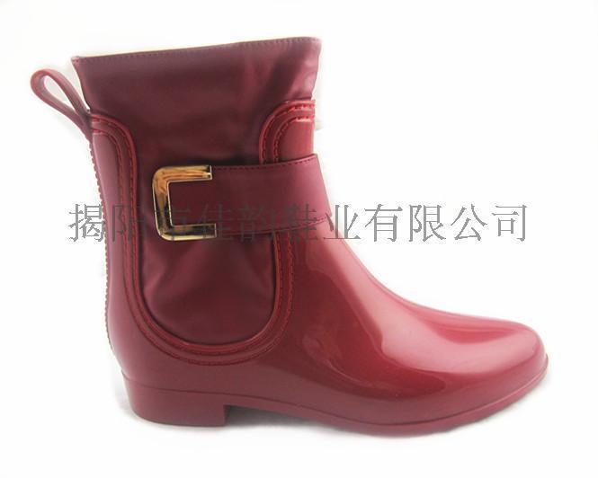 揭阳厂家女款时尚亮丽搭扣雨靴