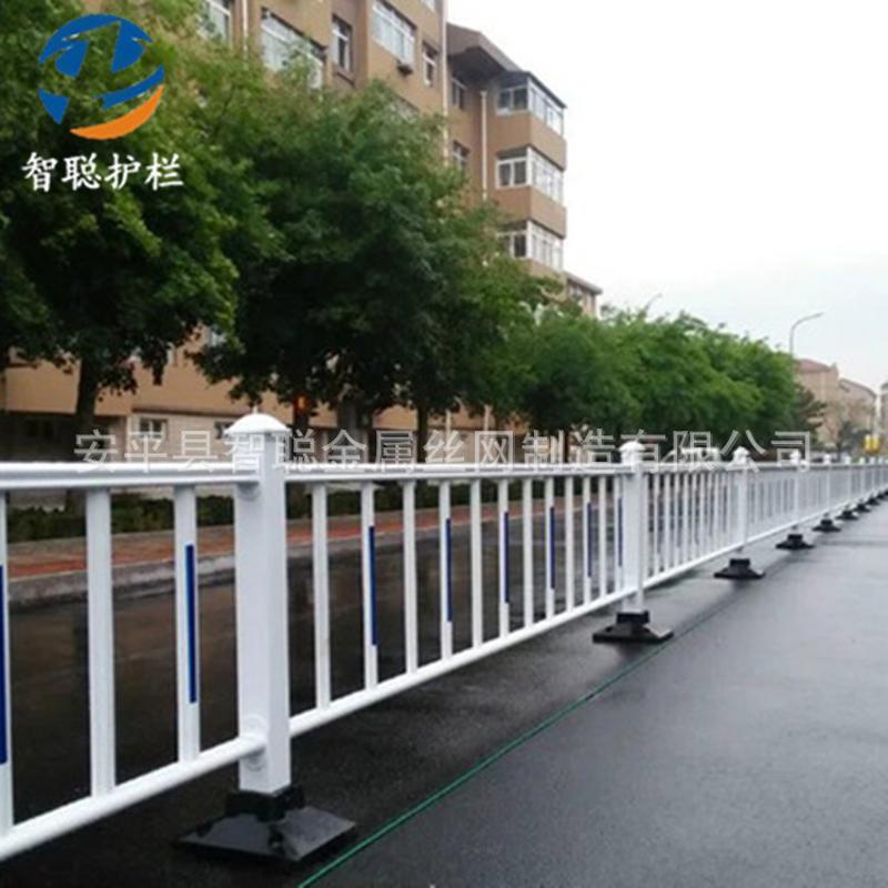 市政交通道路马路护栏 人行道安全分隔护栏 现货工地道路隔离围栏