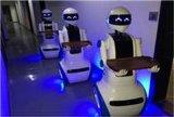 餐厅机器人代替人工送餐