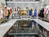 CK一线品牌女装折扣货源反季节羽绒服专卖店供应