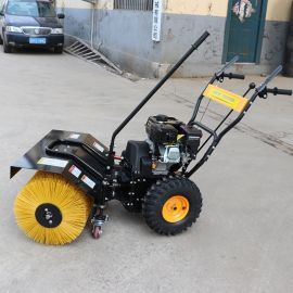 1米滾刷掃雪機 清除路面積雪 捷克手扶式小型清雪機