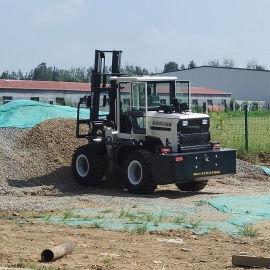 四驱越野叉车 3吨多功能液压搬运柴油叉车