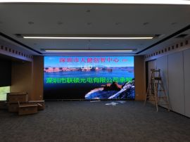 P2.5電子大螢幕分辨率多大離LED螢幕3米看效果