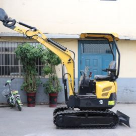 直销农用小型挖掘机 18 22 10旱厕改造小型挖掘机