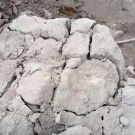 张掖岩石静态膨胀剂,混凝土破碎剂工程破碎专家
