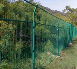 光伏围网光伏围栏护栏网防护隔离网