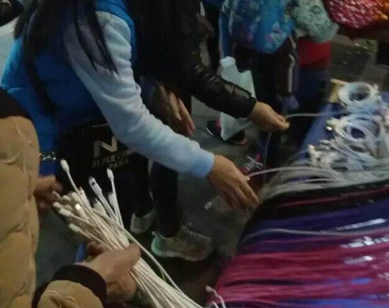 安卓3米資料線10元一根模式跑江湖趕集地攤新品批發