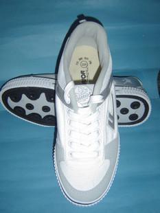 回力運動鞋