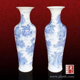 庭院摆放陶瓷大花瓶