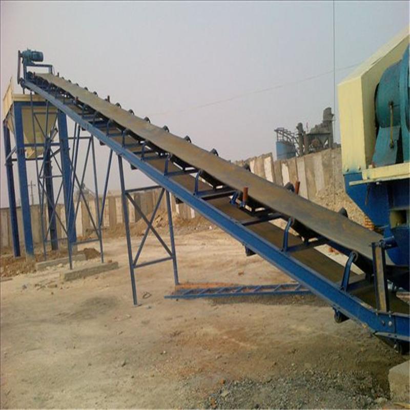 泰州沙土輸送機廠家加厚耐磨防滑帶輸送帶化工廠不鏽鋼主架輸送機