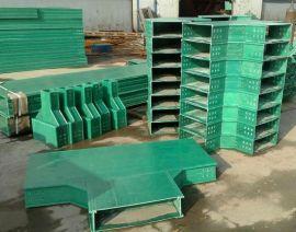 厂家供应玻璃钢标志桩 玻璃钢电力电缆桩安全美观