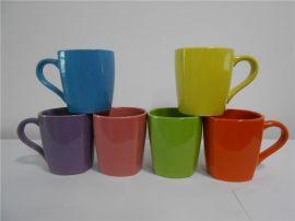 陶瓷色釉大方杯厂家现货大量销售