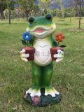 上饒玻璃鋼動物雕塑廠家 撫州卡通模擬青蛙花園擺件
