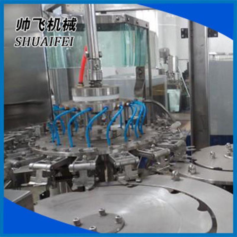 全自動液體灌裝機  三合一灌裝機械 水灌裝機廠家供應
