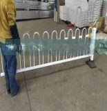 廠家定製工廠圍牆熱鍍鋅鋼管護欄 批發小區廠區鋅鋼欄杆隔離欄