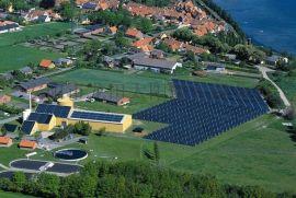 一机两用太阳能采暖设备