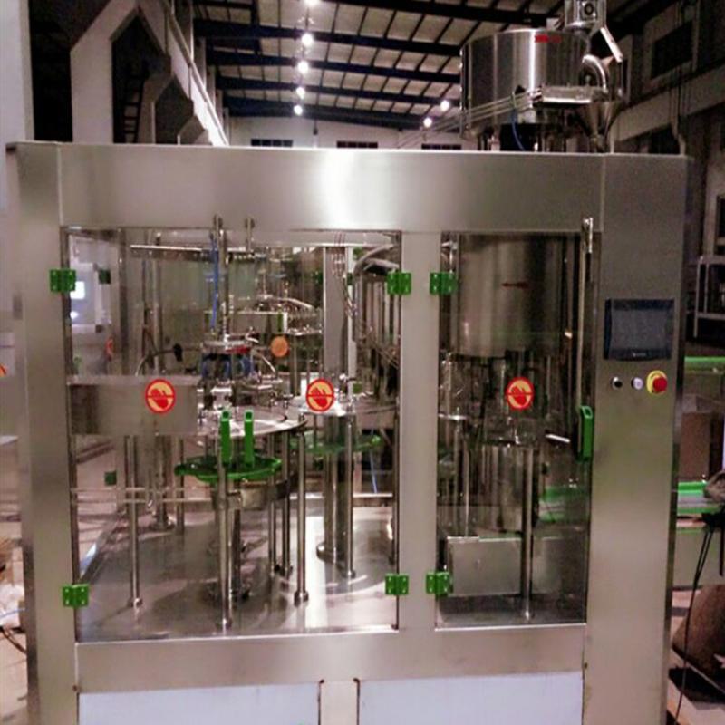 果汁饮料灌装机、矿泉水灌装机、纯净水灌装机、全自动生产线