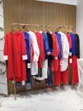 工厂尾货剪标服装直销品牌女装折扣店一手货源