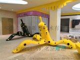 深圳潮流商场香蕉休闲椅摆件为游客带来美的享受