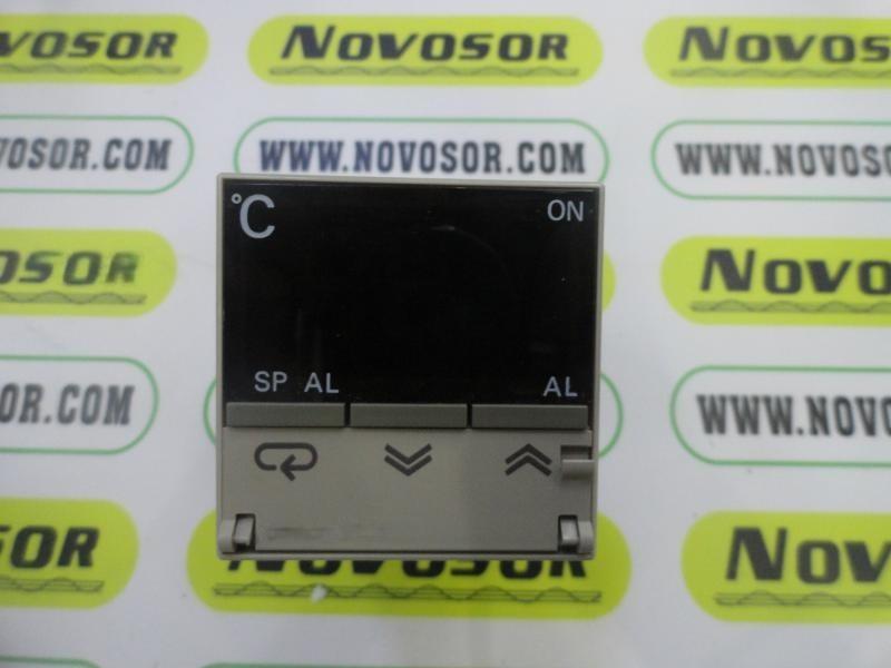 OMRON温控器E5CS-R1P