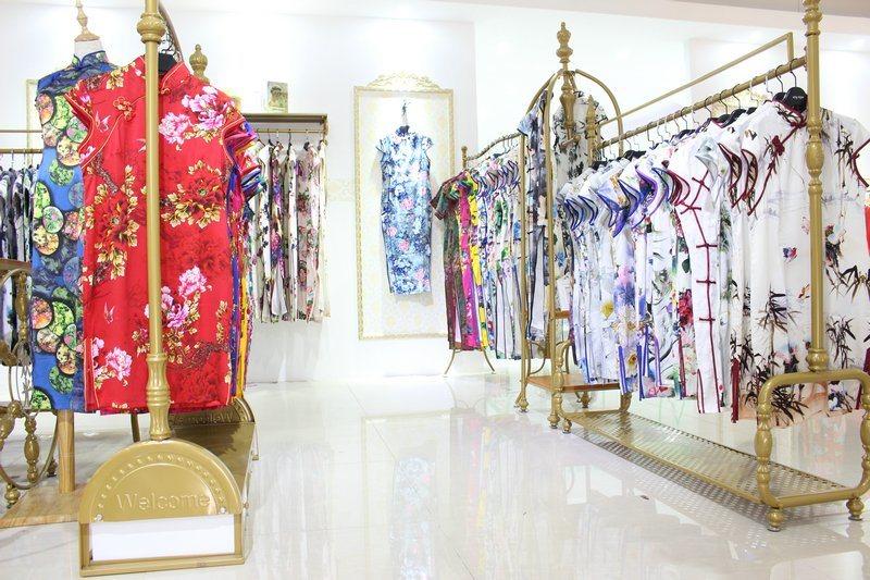 马如龙 17夏装品牌专柜  旗袍 苏州女装折扣库存尾货批发走份